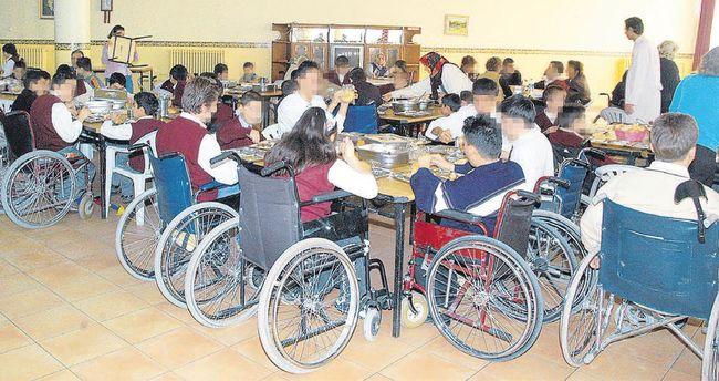 Engelli okullarında her gün 5 bin öğrenciye yemek