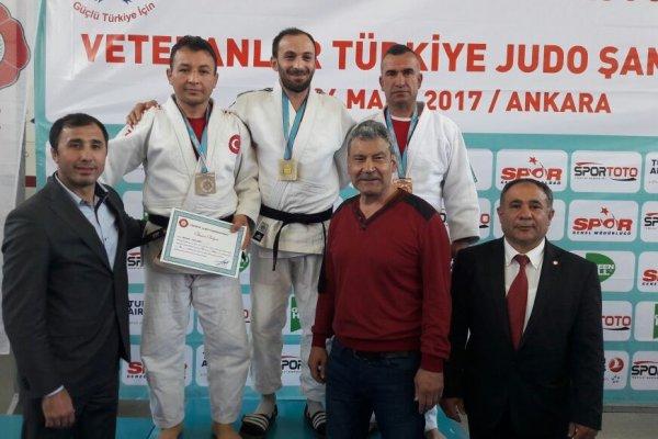 Çubuklu Judocu Türkiye Şampiyonluğuna imza attı