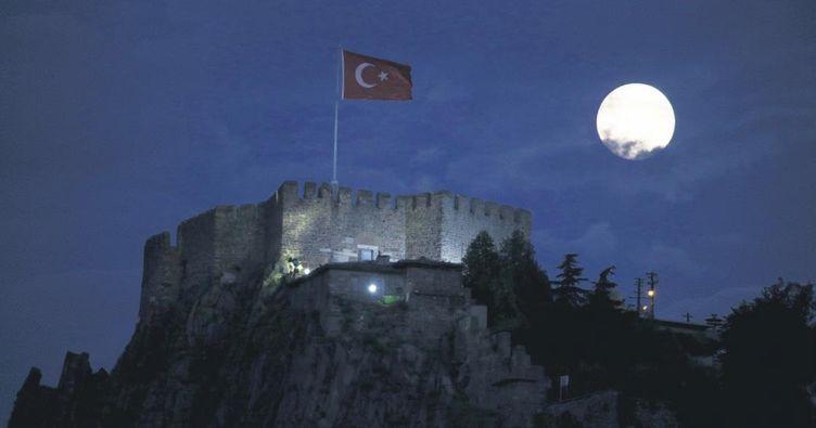 Dolunayda Ankara Kalesi