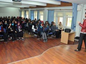 Keçiören Belediyesi geri dönüşüm ve çevre bilinci konusunda öğrencileri bilgilendirdi
