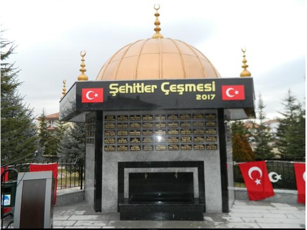 """""""ŞEHİTLER ÇEŞMESİ"""" HİZMETE AÇILDI"""