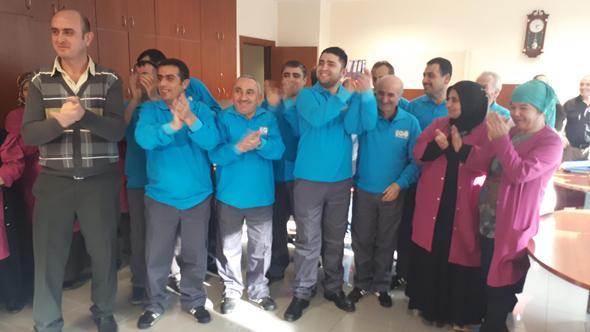 Taşeron işçiler kadro için duayla başvurdu