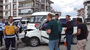 Çubuk'ta Trafik Kazası: 6 Yaralı