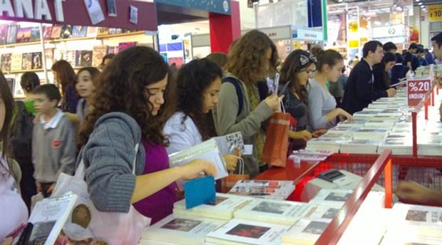 Ankara Kitap Fuarı'na rekor ziyaretçi