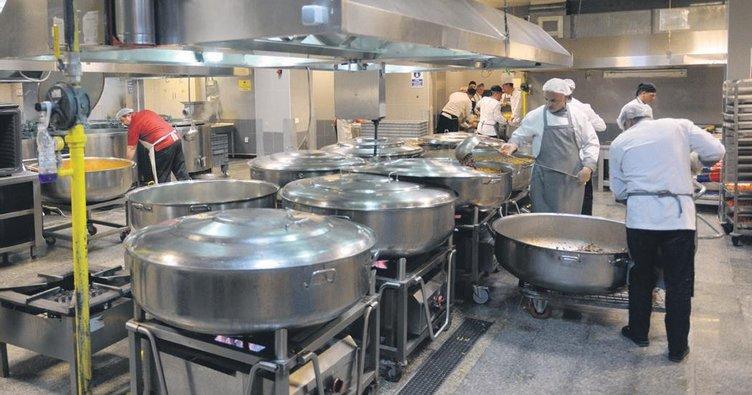 Mutfakta iftar telaşı
