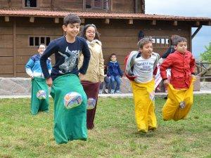 """Altınköy Açık Hava Müzesi'nde, 28 Mayıs Cumartesi günü """"Dünya Oyun Günü"""" nedeniyle çeşitli etkinlikler düzenlendi"""