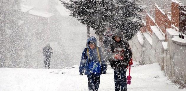 Polatlıda'da eğitime kar engeli
