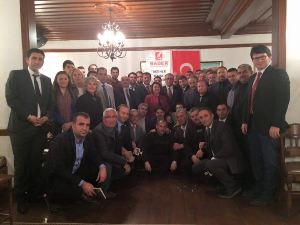Özal'dan Günümüze Başkanlık Sistemi konulu söyleşimiz yoğun katılımla gerçekleşti.